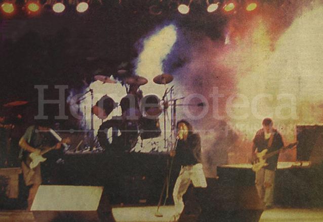 El grupo La Tona durante su intervención en el Concierto Libertad de Expresión ¡Ya! el 17 de diciembre de 1994. (Foto: Hemeroteca PL)