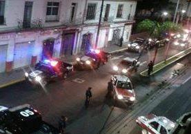 <em>La Policías investiga las causas de la muerte de seis personas.</em>