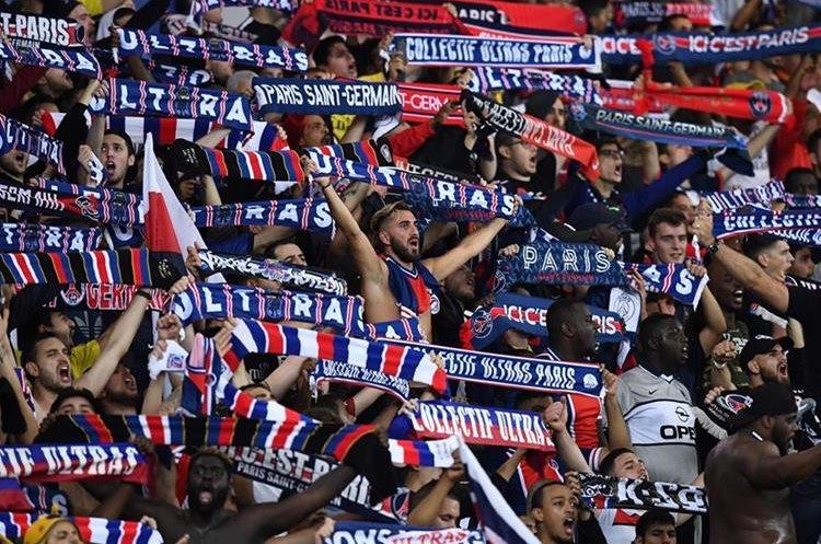 Los seguidores del PSG mostraron su apoyo al equipo.