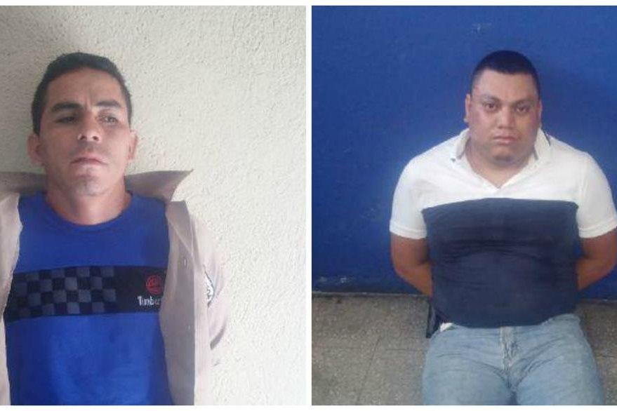 A los detenidos les decomisaron una pistola y una escopeta que están registradas en el Digecam. (Foto Prensa Libre: PNC)