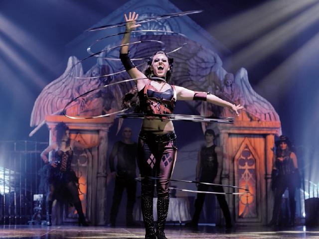 En el  espectáculo, los artistas mostraran sus habilidades en malabarismo y acrobacias.