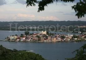 Vista panorámica de la isla de Flores (Foto: Hemeroteca PL)