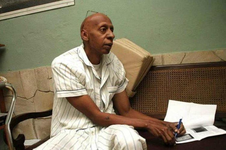 Fariñas ha efectuado varias decenas de huelgas de hambre en reclamo de la libertad de presos políticos en Cuba. (Foto del sitio lapatilla.com)