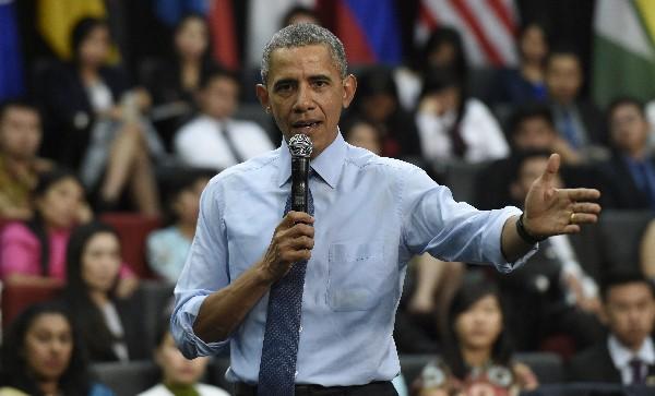 Barack Obama pide al Supremo que frene deportación de 5 millones de indocumentados.