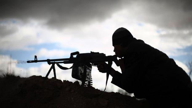 Diversos grupos rebeldes en Siria pelean tanto contra el gobierno de Bashar al Asad como contra Estado Islámico. GETTY IMAGES