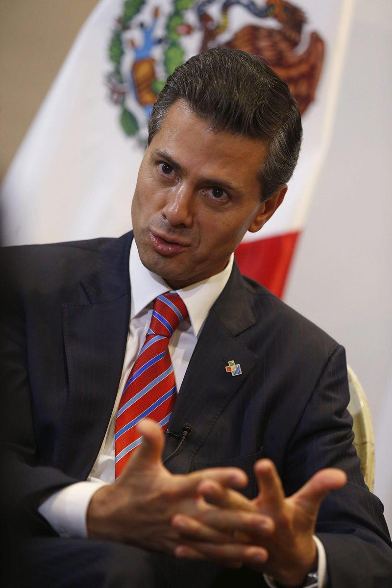 El presidente de México, Enrique Peña Nieto, durante la entrevista que ha concedido a la Agencia Efe. (Foto Prensa Libre: EFE).