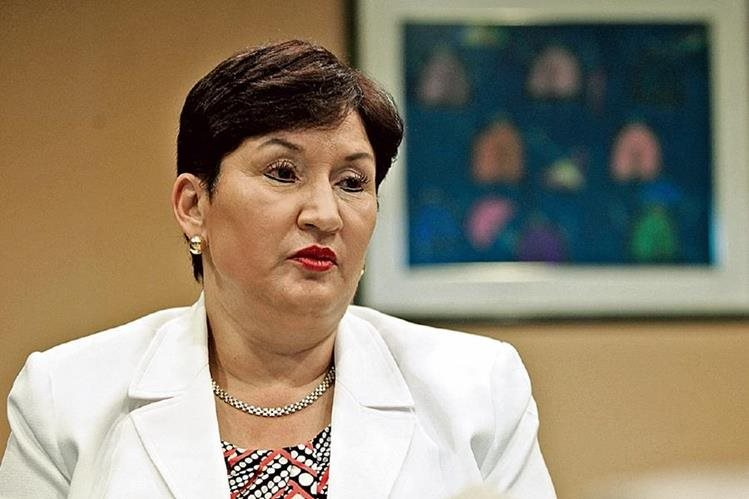 """Muy relacionados están """"la mera mera"""" y el """"dueño de la finca"""", sostiene la fiscal general, Thelma Aldana, para quien no hay duda de que ambos estaban en lo más alto de la estructura mafiosa."""