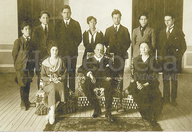 Manuel Estrada Cabrera tuvo en total 14 hijos reconocidos: 7 varones y 7 mujeres. (Foto: Hemeroteca PL)
