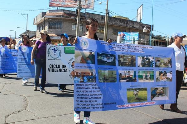 <p>Féminas recorrieron varias calles de la cabecera de Escuntla. (Foto Prensa Libre: Melvin Sandoval)<br></p>