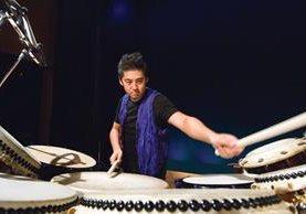Hidano Shuichi, percusionista, se especializa en tocar tambores tradicionales del Japón. (Foto Prensa Libre: cortesía de la Embajada del Japón).