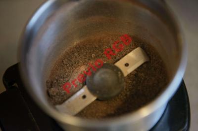 La placenta se suele deshidratar para luego fabricar las cápsulas. (Foto Prensa Libre: AFP)BRENDAN SMIALOWSKI