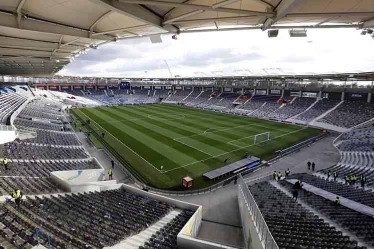 El estadio de Toulouse es uno de los que servirá de sede para la Eurocopa de Francia. (Foto Prensa Libre: EFE)