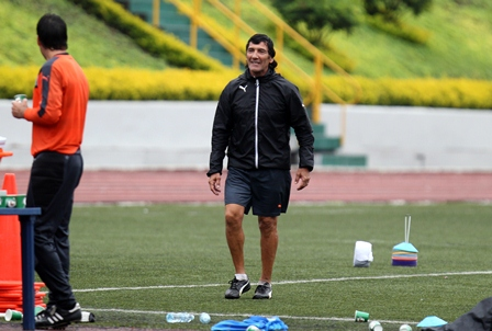 Omar Pelayes es el entrenador de porteros de las categorías inferiores de Comunicaciones. (Foto Prensa Libre).