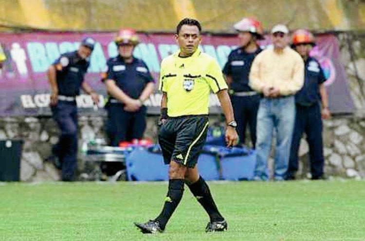 El partido por el ascenso a la Liga Nacional será arbitrado por Oswaldo Aldana. (Foto Prensa Libre: Hemeroteca PL)
