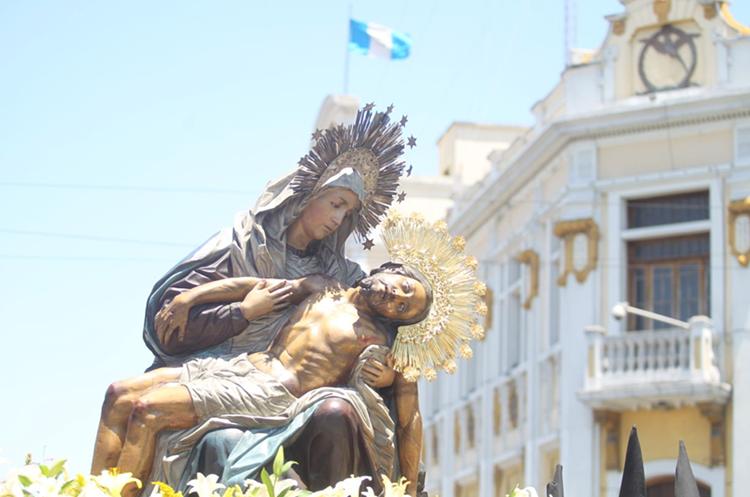 La venerada imagen sobre la 18 calle de la zona 1. (Foto Prensa Libre: Óscar Rivas)