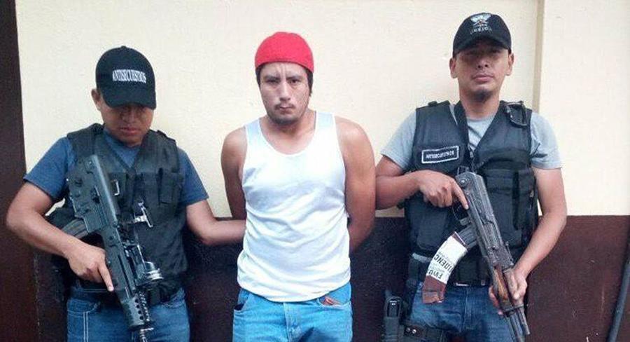 Heriberto Efraín Quezada Damián fue capturado en Escuintla, por fingir un secuestro. (Foto Prensa Libre: Cortesía PNC)