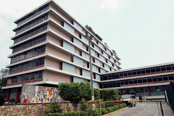 Un bot n llamado igss - Centros unico oficinas centrales ...
