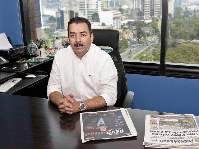 Julio CÉsar Estrada, director regional de Avance, da a conocer la importancia de la estrategia digital.