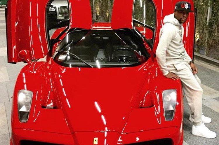 Floyd Mayweather tiene la colección más grande de autos deportivos. (Foto tomada de redes)