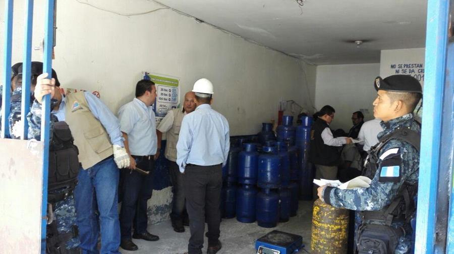 Los negocios allanados han sido reincidentes. (Foto Prensa Libre: Diaco)
