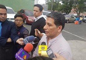 El director del hospital general señaló que las capacidades del centro están sobrepasadas. (Foto Prensa Libre: Prensa Libre)