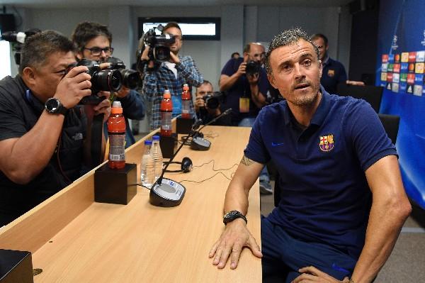 Luis Enrique, técnico del Barcelona, asegura que los que definirán el partido son los jugadores, no los entrenadores. (Foto Prensa Libre: AFP)
