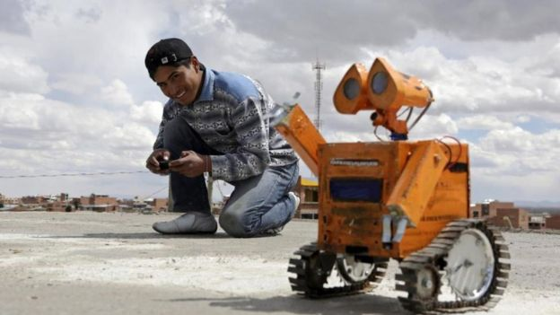 Wall-E es su creación más famosa hasta el momento. (REUTERS/DAVID MERCADO)