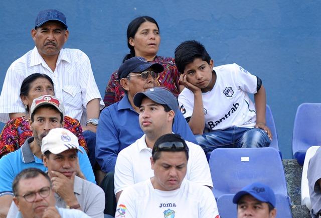 Comunicaciones sigue siendo uno de los equipos más afectados por la afluencia de poca afición al estadio. (Foto Prensa Libre: Hemeroteca PL).