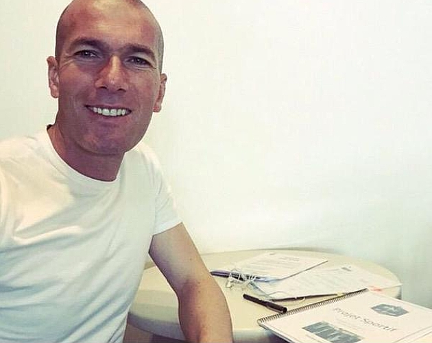 Zinedine Zidane reconoce el talento del argentino Ángel Di María. (Foto Prensa Libre: Hemeroteca PL)
