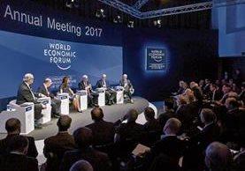 Líderes mundiales sostienen diversas reuniones con el fin de discutir temas relacionados al comercio. (Foto Prensa Libre: AFP)