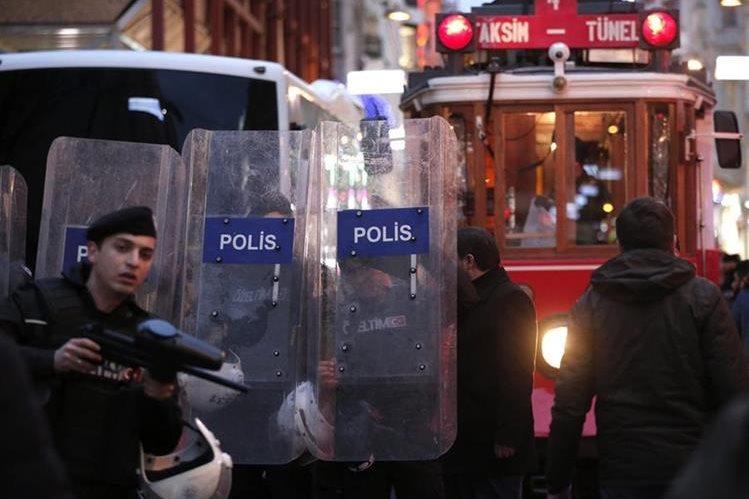 Turquía se mantiene en alerta terrorista por amenaza de atentados por parte del Estado Islámico. (AFP)