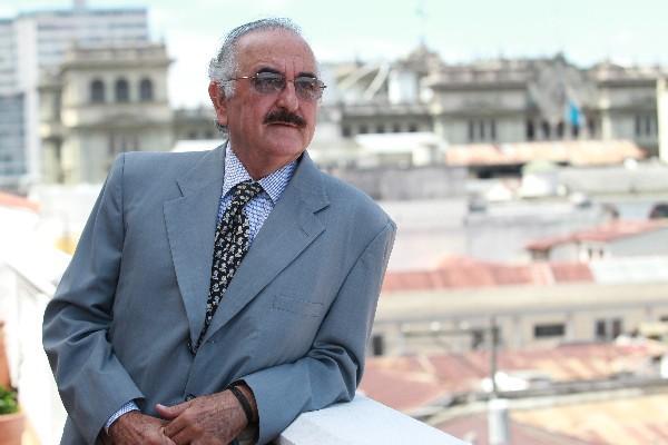 <p>Estuardo Cuestas Morales: Mi mayor preocupación es la restauración del Palacio Nacional.</p>