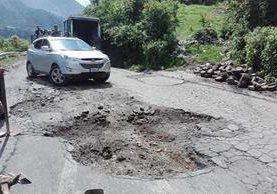 Las malas condiciones de la red vial del país han causado accidentes de tránsito y daños en vehículos. (Foto HemerotecaPL)
