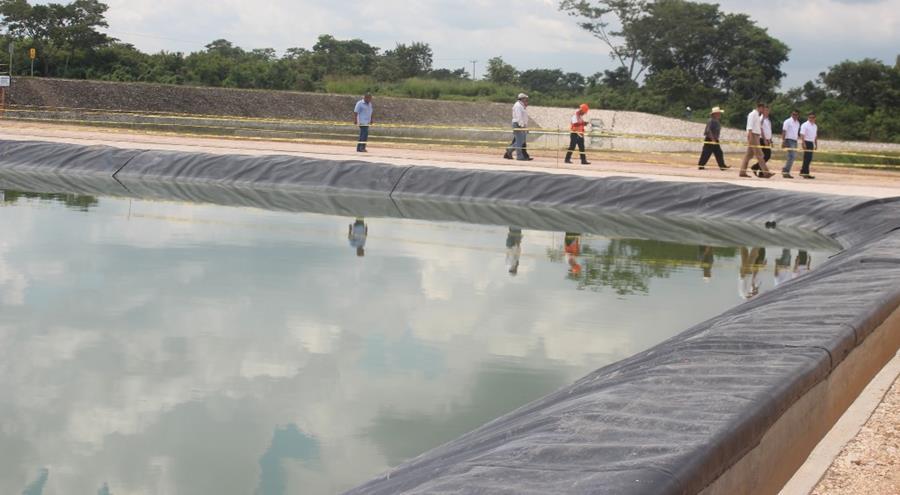 Planta de tratamiento que beneficiará al ambiente en Petén. (Foto Prensa Libre: Rigoberto Escobar).