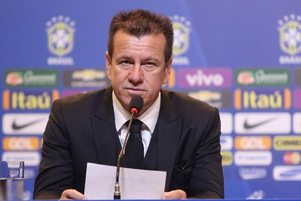 El técnico de la Selección de Brasil tiene como prioridad los Juegos Olímpicos de Río 2016. (Foto Prensa Libre: EFE).
