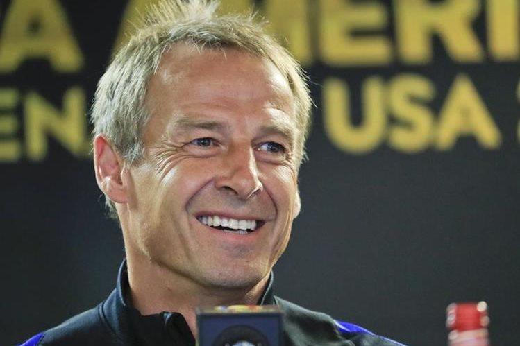 "Klinsmann está motivado de cara al crucial partido frente a los ""ticos"". (Foto Prensa Libre: EFE)"
