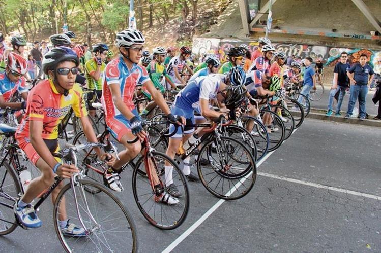 El Ciclismo de ruta se desarrolló en la zona 5, a un costado del estadio Mateo Flores. (Fotos Prensa Libre: Cortesía Digef)
