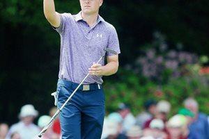 Jordan Spieth de Estados Unidos volvió a brillar en el segundo día de competencia del Másters de golf de Augusta. (Foto Prensa Libre: AFP)
