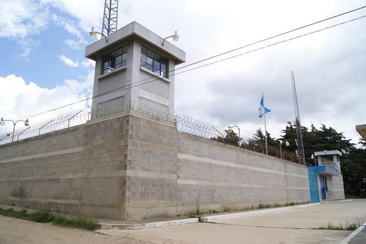 En el centro de detención para hombres Fraijanes I se han localizado dos reos supuestamente suicidados en los últimos tres meses. (Foto Prensa Libre: Sistema Penitenciario)