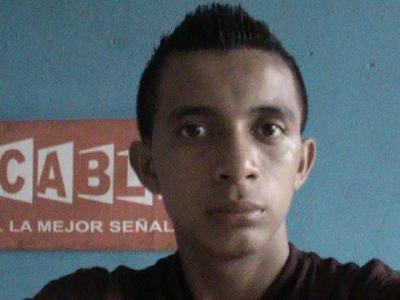 Guido Villatoro era camarógrafo y presentador del noticiero Servicable, en Chicacao, Suchitepéquez. (Foto Prensa Libre: Facebook)