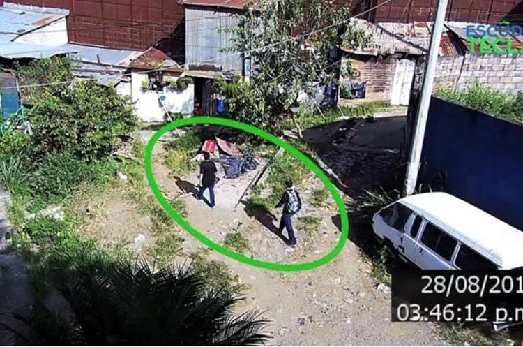 Las cámaras captaron a los asesinos de un policía en Santa Tecla. (Foto Prensa Libre: elsalvador.com).