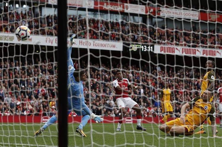El Arsenal superó sin problemas al Brighton por 3-1. (Foto Prensa Libre: AFP)