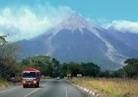 Desde el sábado el Volcán de Fuego ha incrementado su actividad. (Foto Prensa Libre: Melvin Sandoval)