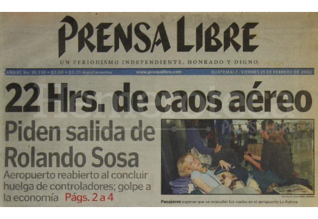 Titular de Prensa Libre del 15 de febrero de 2002. (Foto: Hemeroteca PL)