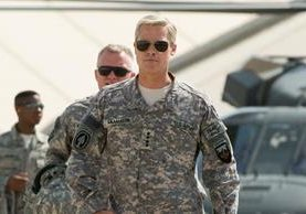 Brad Pitt interpreta a un general estadounidense. (Foto Prensa Libre: YouTube)