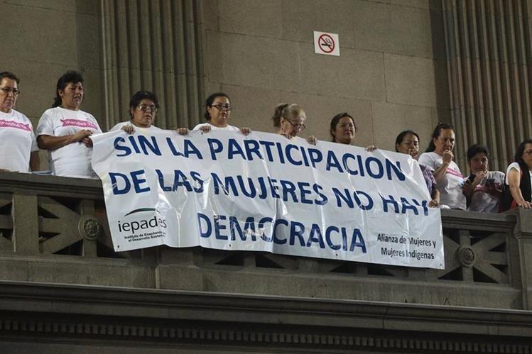 Sectores y diputados defienden nueva Ley de partidos políticos. (Foto Prensa Libre: Hemeroteca PL)
