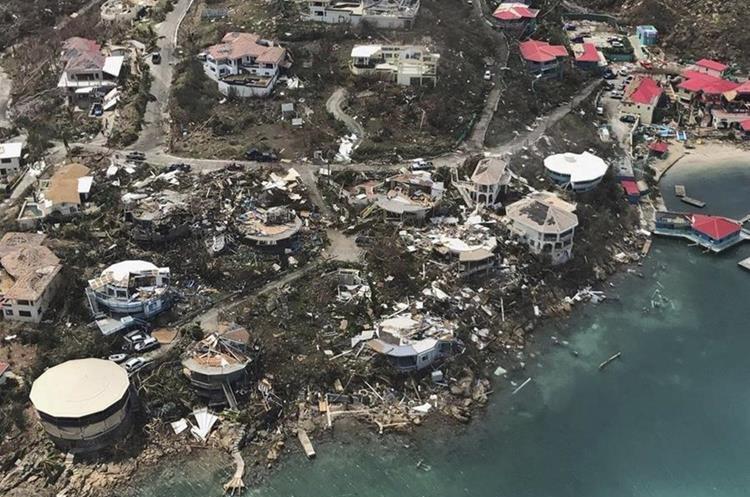Ahoga 'Irma' el Caribe y se ensaña con Florida