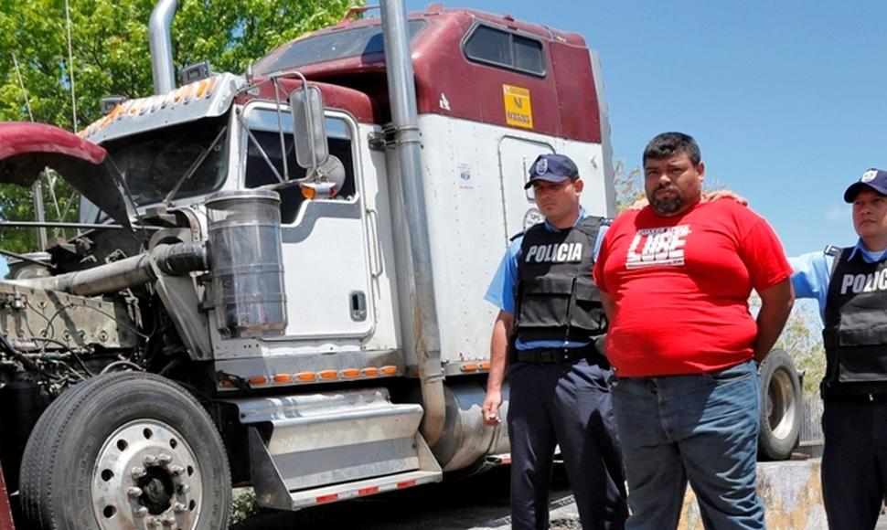 Guatemalteco es capturado en Nicaragua con dólares ocultos en cabezal