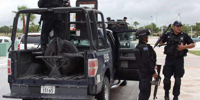 La Policía monta un opoerativo de busqueda de los asesinos.