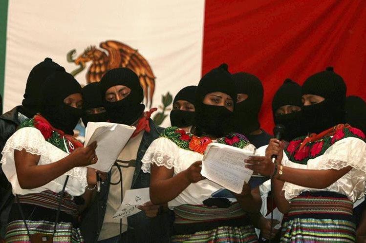 Mujeres miembros del Ejército Zapatista de Liberación Nacional, en Chiapas, México. (Foto Prensa Libre: AFP)